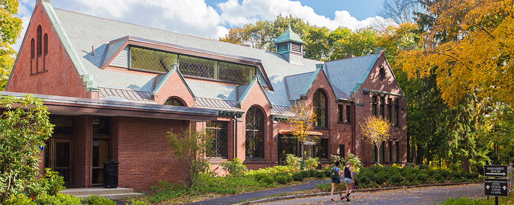 Schneider Center, home of the office of Student Financial Services. Photo courtesy of Wellesley College
