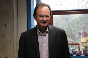 Former Finance Minister of Greece lectures on his book at Wellesley