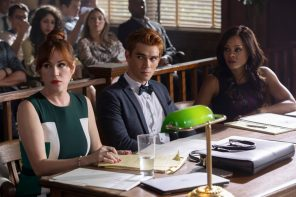 """Riverdale"" Fall Premiere: Ghoulies and Serpents and Bulldogs, oh my!"