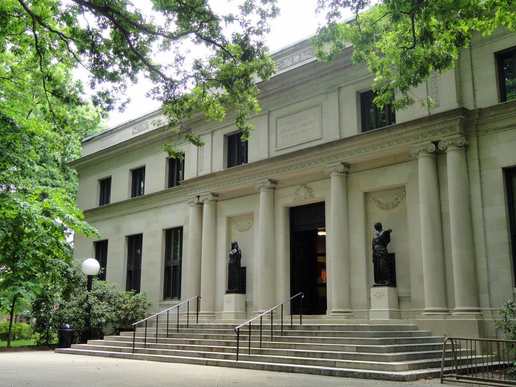A picture of the Clapp Library at Wellesley College
